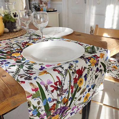Дорожка на стол (раннер) «Полевые цветы»