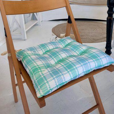Подушка на стул с завязками «Бело-бирюзовые квадраты»