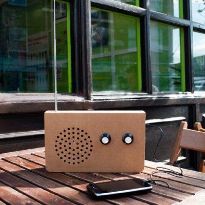 Картонное FM-радио и МР3-плейер «Эко»