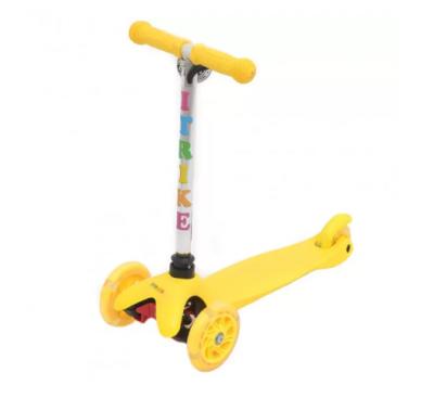 Детский самокат iTrike «Scooter» со светящимися колесами (зеленый)