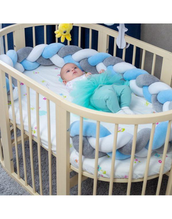 Бортик в кроватку  «Косичка» белый-голубой-серый