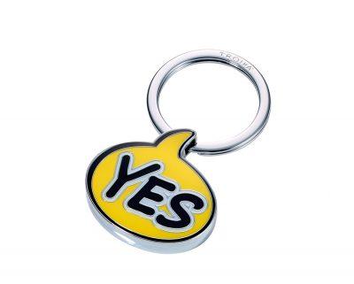 Брелок «Yes» желтый