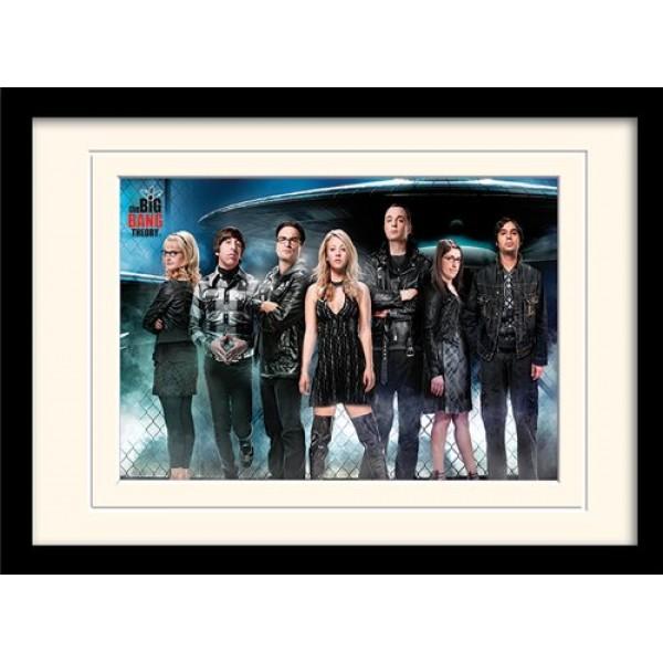 Постер в раме «The Big Bang Theory (UFO)» 30 x 40 см