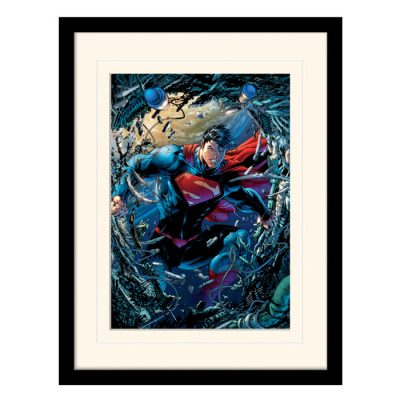 Постер в раме «Superman (Unchained)» 30 x 40 см