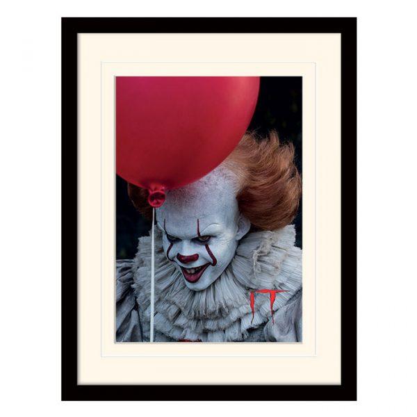 Постер в раме «IT (Pennywise Balloon)» 30 x 40 см