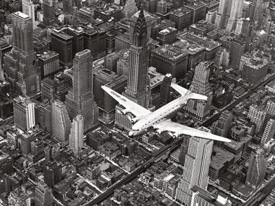 Фотокартина «Самолет DC-4 над Манхэттеном» 60 х 80 см