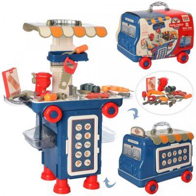 Игровой стол с инструментами в чемодане