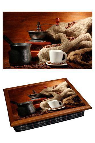 Поднос на подушке «Турка, кофемолка, чашка»
